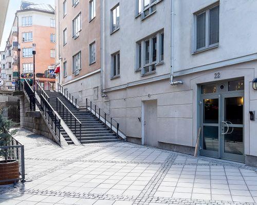 Porten, S:t Paulsg. ovanför trapporna