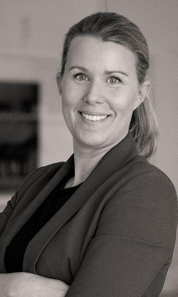 Karolina Miramadi