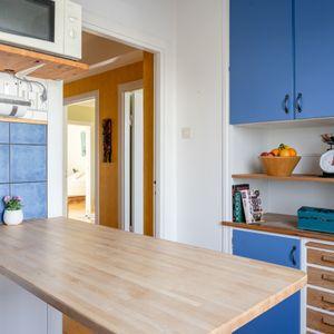 Kvadratsmart kök med smart förvaring