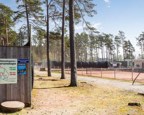 Tennisbanorna i Skummeslöv