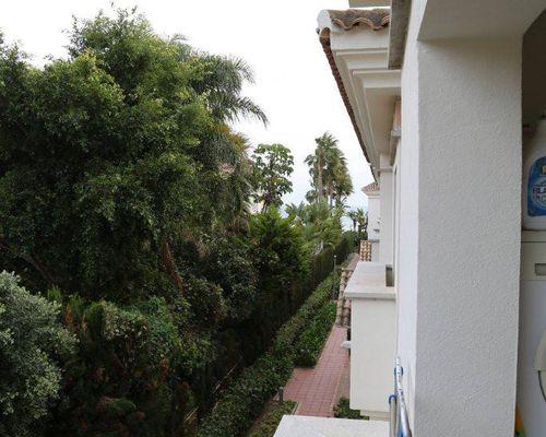Utsikt från köksterrass
