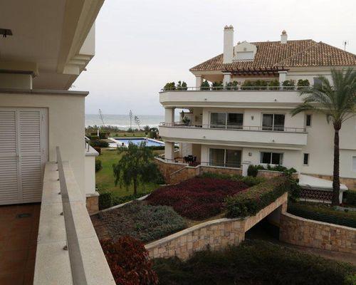 Terrass i västläge med havsutsikt