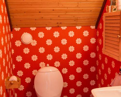 Toalett på ovanvåningen