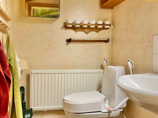 Toalett i hallen