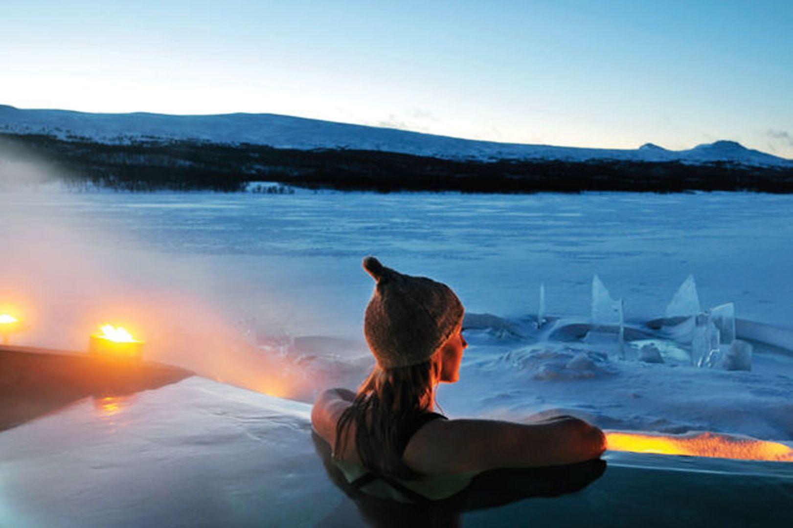 ... som har ett exklusivt spa med varmt bad.