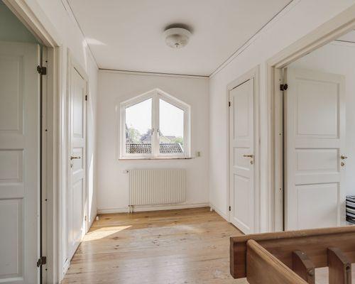 Genomgångsrum, hus 1. Lilla lägenheten.